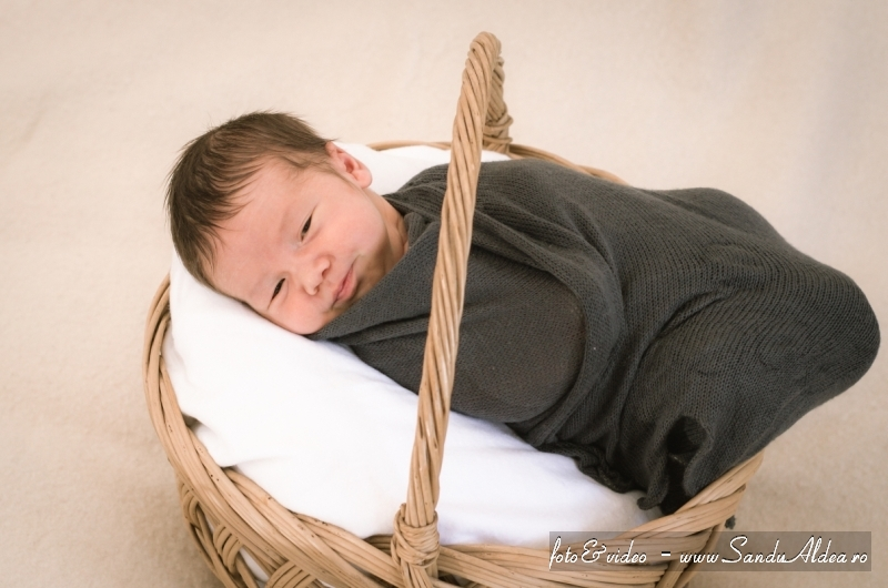 bebe vasilica 09